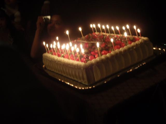 MINMIちゃんのバースデーケーキ!