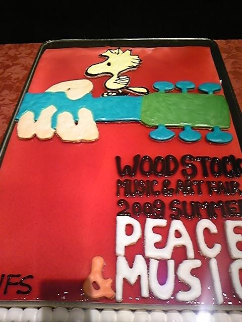 ウッドストックのケーキ!