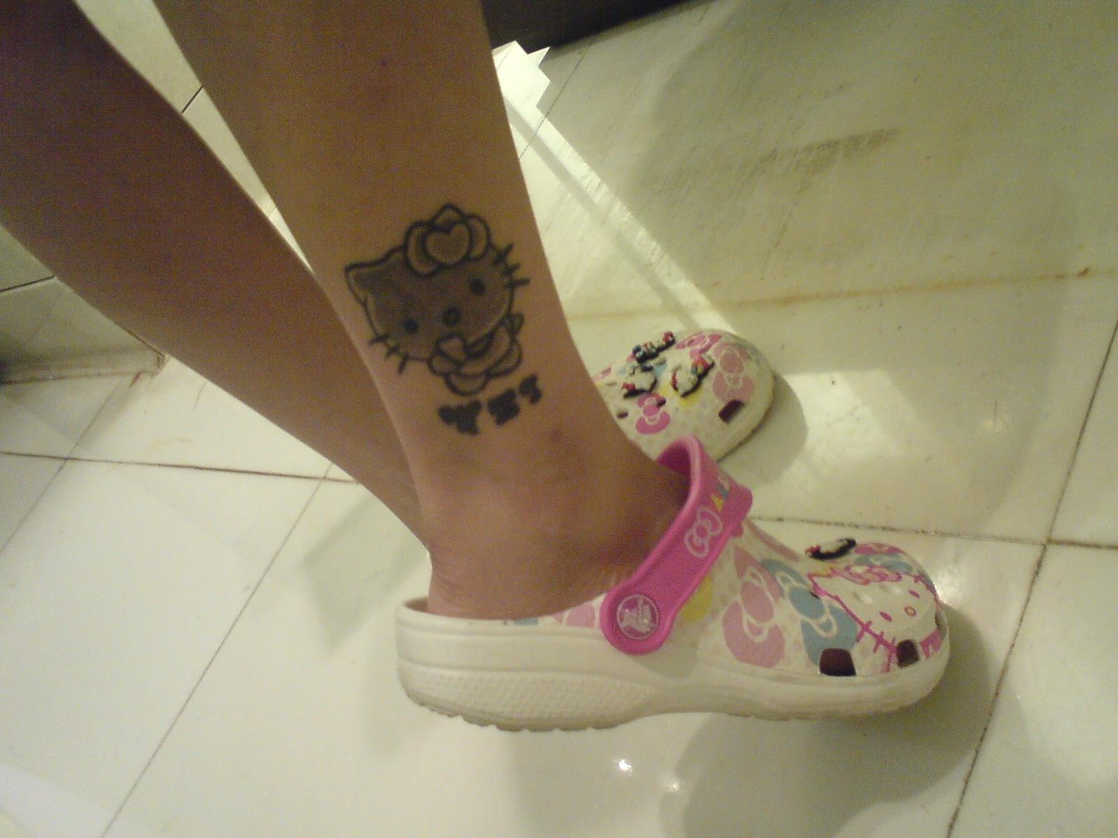 キティのタトゥー!