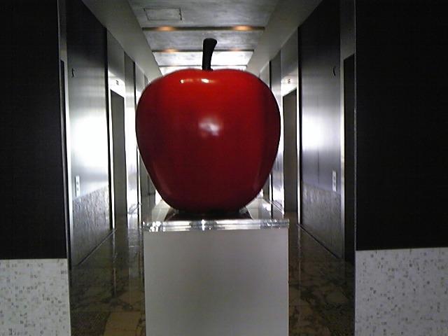 りんごのオブジェ!