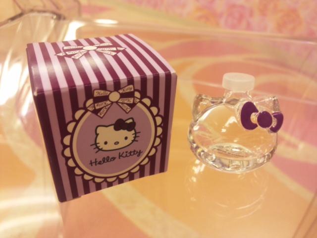 キティの香水瓶!