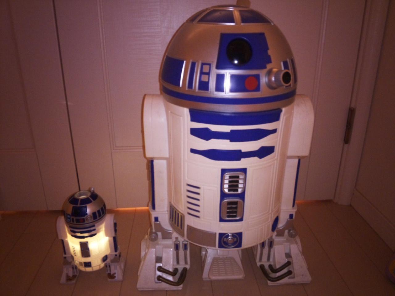 HOME STAR R2-D2!