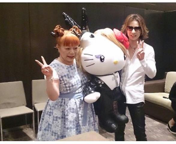 YOSHIKIさんとyoshikitty<br />  と!