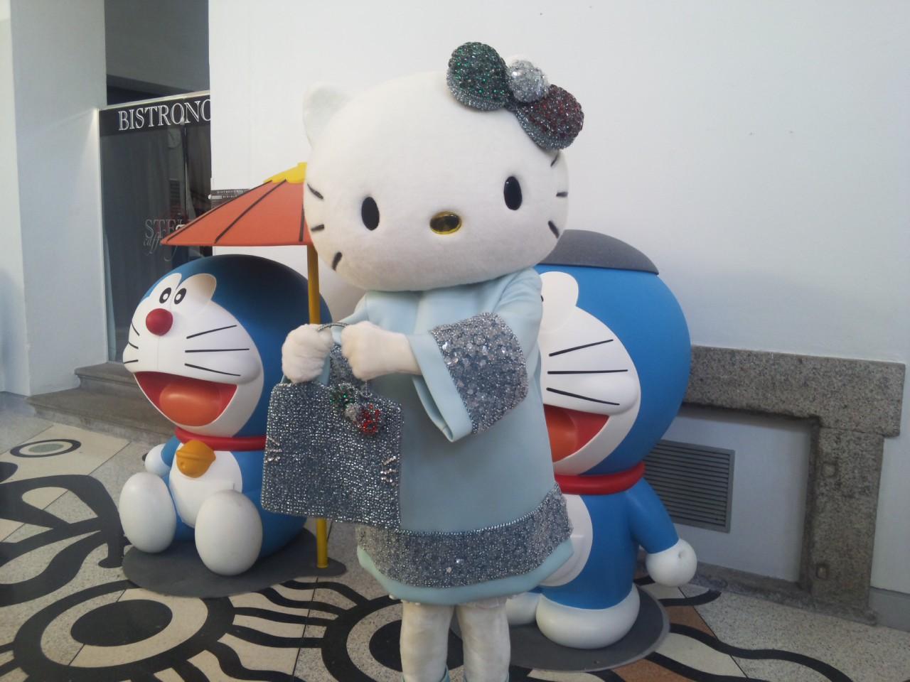 キティ登場!
