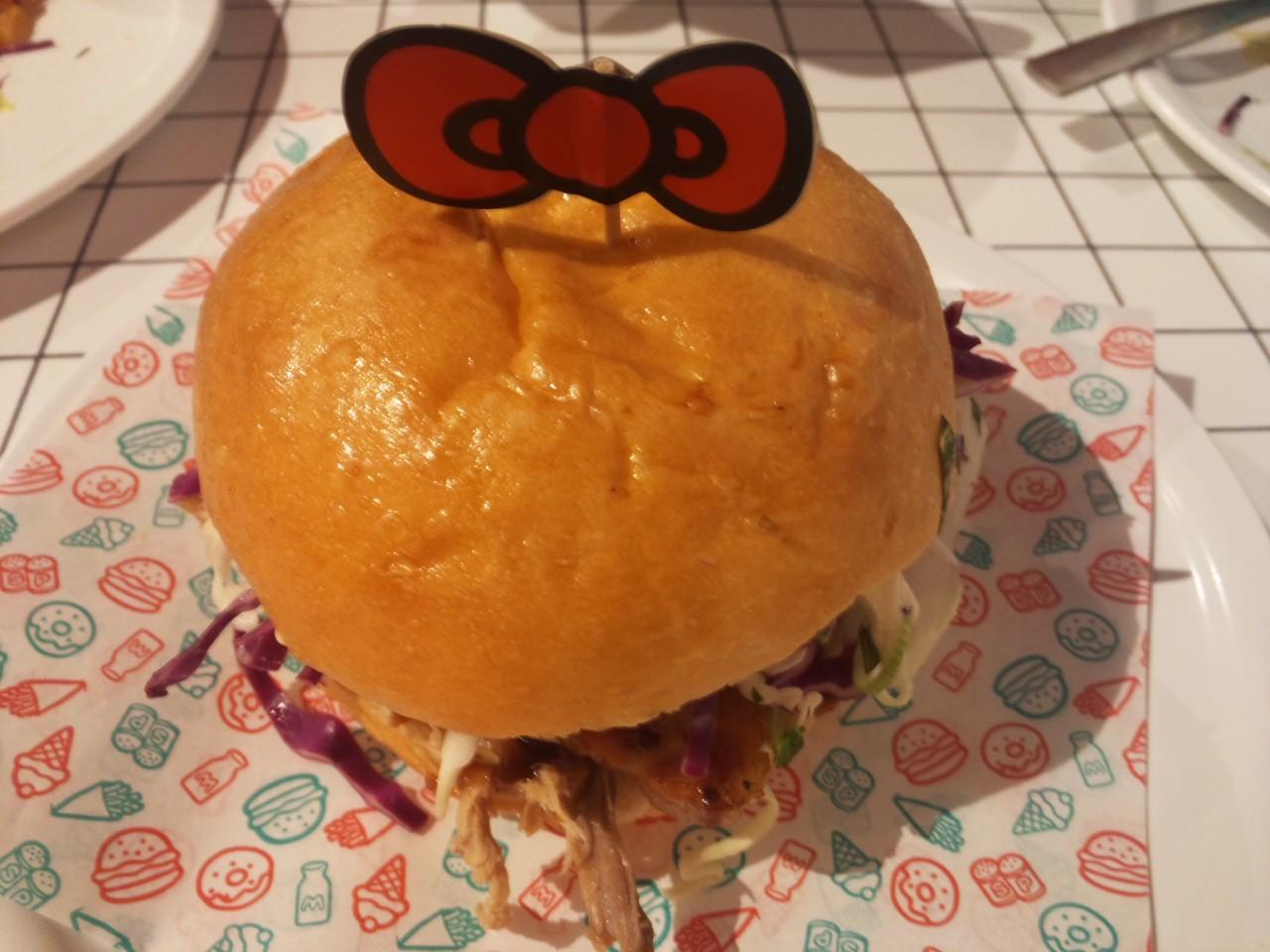 ハローキティハンバーガー!