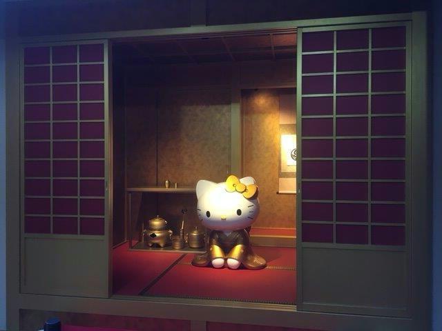 黄金の茶室!